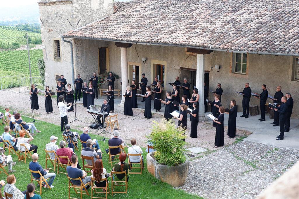 12.06.2021 - Exsultate Deo (Monastero del Bene Comune, Sezano, VR)